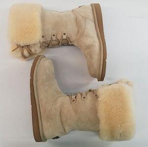 UGG Australia Uptown ll #5190 Beige Suede Boots S6